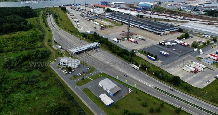 Luftbildaufnahme Warnow Tunnel Rostock